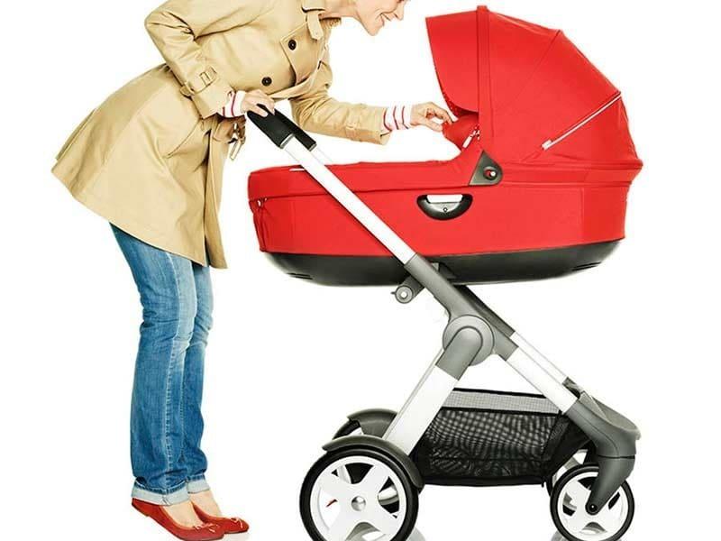 Как правильно выбрать коляску для новорождённого ребёнка