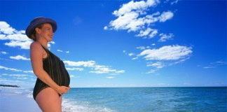 Можно ли купаться беременным: на море, озере, речке, в бассейне